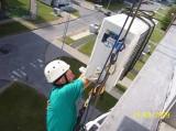 Výšková montáž kondenzační jednotky klimatizace (JE Dukovany)